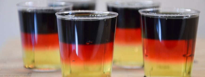 Jello Vodka Shots Schwarz-Rot-Gold